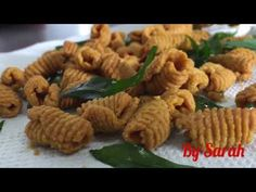 (14) spicy Kuih Siput [ kue Raya, kue lebaran] - YouTube Baking Classes, Asian Recipes, Ethnic Recipes, The Creator, Spicy, Make It Yourself, Homemade, Youtube, Cookies