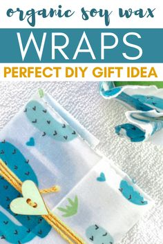 Make your own soy wax wrap with only 2 ingredients. Organic food wrap DIY tutorial. Easy video soy wax wrap tutorial. Wax Wraps, Pom Pom Rug, Pinking Shears, Do It Yourself Crafts, Easy Video, Diy Home Decor Projects, Wrap Recipes, 2 Ingredients, Eclectic Decor
