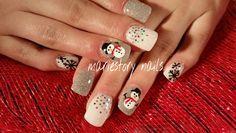 Holiday nailart by @ mariestory nails