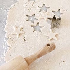 How to Make Salt Dough Ornaments//