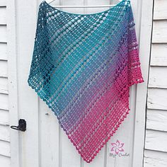 Ravelry: Droplets pattern by Johanna LindahlRavelry: Mijo Crochet on Ravelry - patternsCrochet inspiration and design from Sweden Crochet Jumper, Crochet Quilt, Knit Crochet, Crochet Shawls And Wraps, Crochet Scarves, Crochet Clothes, Crochet Designs, Crochet Patterns, Ombre Yarn
