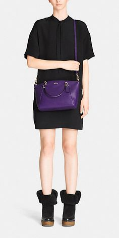 Coach :: SMALL KELSEY CROSSBODY IN PEBBLE LEATHER