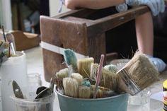 Home - Restaura y Recupera Chalk Paint Furniture, Bucket, Kitchen, Vintage, Home, Baby, Wood, Restoring Wood, Natural Wood Furniture