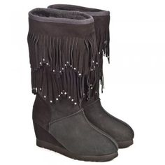 Cue black boots, sheepskin, knee high, great price