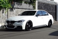 Vorsteiner V-FF 101 wheels. Specially made for F30. Clean Stance Style Set Up. Also tried the Falken Azenis FK-453
