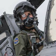 Photo of Beautiful Female Fighter jets pilots - Fighter Jets World Jet Fighter Pilot, Fighter Jets, F22 Raptor, Female Pilot, Military Academy, Female Fighter, Hero's Journey, Military Women, Animal Design