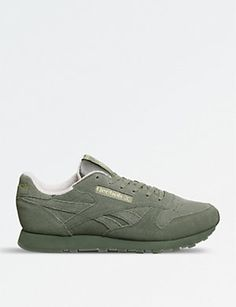 7a18c858ed1c4 Classic suede trainers. REEBOK Classic suede trainers (Hunter green pink