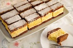 Salata Coleslaw - rețeta simplă, perfectă ca garnitură Peach Cobblers, Sweets Recipes, Coleslaw, Macarons, Vanilla Cake, Tiramisu, Cheesecake, Deserts, Yummy Food