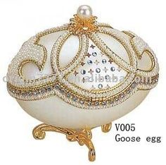 natural_egg_shell_jewelry_box.jpg (303×301)