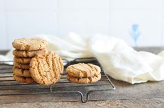 Ginger Snap Cookies #gingersnaps #cookies #gingerbread #rachelallen
