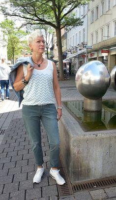 Outfit der Woche! Chino & Top: Tommy Hilfiger - Gürtel: Cinque - Armband: Noosa #ootw #fashion www.mensing.com