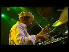 """Extrait de l'émission """"Happy birthday Jazz in Marciac"""" sur ARTE : Ahmad Jamal (piano), James Cammack (bass), Idris Muhammad (drums) jouent le mythique """"Poinc..."""
