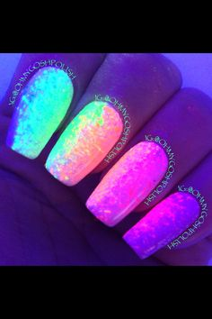 Nails dark acrylic glow for 2019 You are in the right place about pink nails Here we offer you the most beautiful pictures about the prom nails you ar Neon Nail Designs, Cute Acrylic Nail Designs, Best Acrylic Nails, Summer Acrylic Nails, Nails Design, Stylish Nails, Trendy Nails, Nagellack Design, Glow Nails