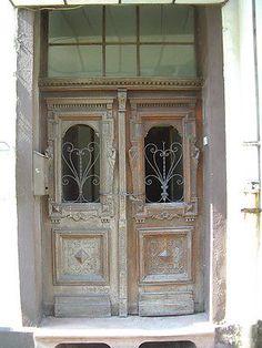 Haustüren holz antik  Antike 2-flügelige Haustür | Haustüren | Pinterest | Haustüren ...