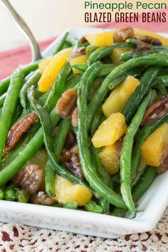 Pineapple Pecan Glazed Green Beans - an easy holiday vegetable side dish recipe for Thanksgiving or Christmas that is also fast enough to make for a busy weeknight dinner. Gluten free and vegan too. Hawaiian Side Dishes, Side Dishes For Ham, Easy Vegetable Side Dishes, Easter Side Dishes, Dinner Side Dishes, Holiday Side Dishes, Thanksgiving Side Dishes, Vegetable Sides, Side Dish Recipes