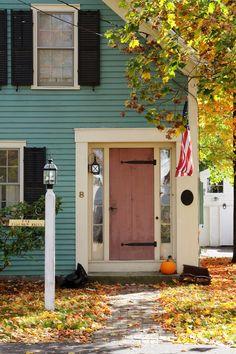 New England Living: New England Autumn Village New England Cottage, New England Fall, New England Travel, New England Style, New England Homes, Cozy Cottage, House Goals, Autumn Home, Old Houses