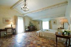Stunning farmhouse retreat in Provence