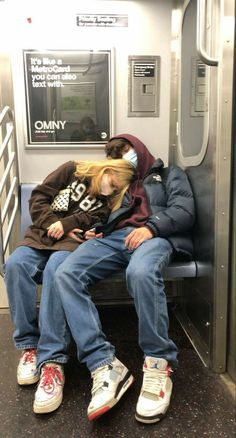 Relationship Goals Pictures, Cute Relationships, Cute Couples Goals, Couple Goals, Emo Couples, Teenage Couples, Im Lonely, The Love Club, Teen Romance