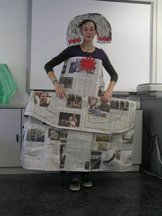 06 Disfraz de Menina con papel de periodico - 06/10 Disfraces caseros originales Carnaval 2011