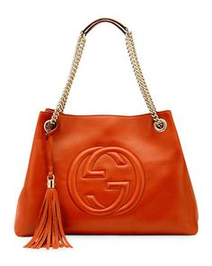 Nadire Atas on Hand Bag Addiction Gucci Soho Leather Medium Chain-Strap Tote, Red - Neiman Marcus Gucci Purses, Purses And Handbags, Hobo Purses, Fall Handbags, Gucci Bags, Gucci Soho Bag, Gucci Handbags Outlet, Stylish Handbags, Travel Handbags