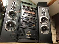 Home Theater Sound System, Home Theatre Sound, Hifi Music System, Audio Rack, Hifi Audio, Sound Of Music, Audio Equipment, Audiophile, Retro