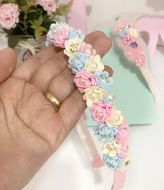 Flower Hair Accessories, Polymer Clay Flowers, Fabric Ribbon, Flowers In Hair, Floral Tie, Biscuit, Anna, Bows, Hair Decorations