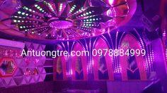 Phòng karaoke theo tông tím lãng mạn