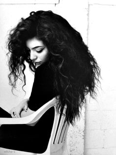 Lorde -- I totally wish I had her hair. It's so lush and beautiful!!