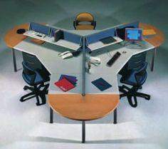 Sistema de puestos de trabajo Bus Award, 1994. Diseño: Alejandro Katkownik, Reinaldo Leiro. Producción: Buró. Acero, placas algomeradas, telas y revestimientos sintéticos.