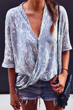 Loose flowy tie dye blue pastel draft summer spring shirt style fashion inspiration fishtail braid brown hair brunette cute