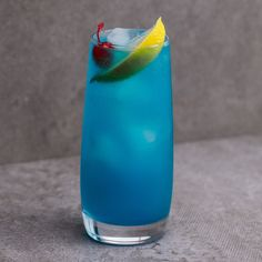 If You Like a Long Island, Wait Until You Try the Adios Motherfucker – Goodish Healthy Food Alcoholic Punch Recipes, Alcohol Drink Recipes, Alcoholic Beverages, Blue Alcoholic Punch, Sour Cocktail, Cocktail Drinks, Cocktail Recipes, Fruity Cocktails, Party Drinks