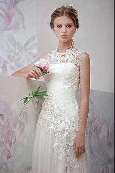 ウェディングドレススレンダーハイネックアイボリーオーダードレスサイズオーダー無料送料無料格安披露宴結婚式二次会LB2302
