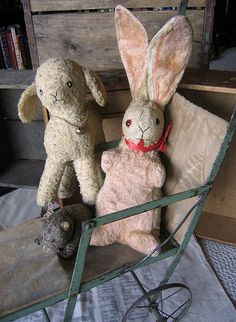 Amanda Louise: My modest well-loved antique toy collection. Not shown are a doll bed, miscellaneous doll trappings, and a miniature trunk for lugging toys. Doll Toys, Pet Toys, Baby Toys, Kids Toys, Electronic Toys, Old Dolls, Vintage Easter, Vintage Pink, Antique Toys