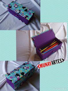 Estojo duplo Kokeshi - lindas bonequinhas japonesas pra organizar os lápis de cor das meninas! Super útil na Volta às aulas! www.munayartes.com