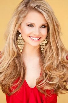 Top 10 Miss Teen USA Pageant Headshots. I Just love this hair Miss Teen Usa, Pageant Hair And Makeup, Hair Makeup, Beauty Pageant Hair, Makeup Eyes, Down Hairstyles, Pretty Hairstyles, Pageant Hairstyles, Homecoming Hairstyles