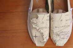 Custom LOTR Toms Middle Earth map by PoppyBouquet on Etsy, $114.00