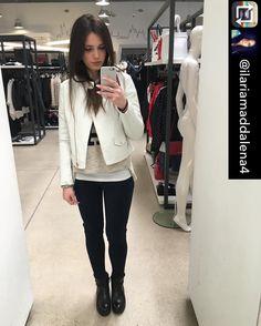 Grazie a @ilariamaddalena4 che ha scelto @silvianheach durante il suo #shopping nei nostri #store! 😊