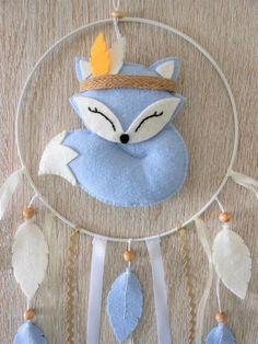 Mobile Baby Dreamcatcher Fox Blue Felt Gift N - Maison de Poupee Felt Crafts Diy, Felted Wool Crafts, Fun Crafts, Felt Christmas Ornaments, Etsy Christmas, Baby Diy Projects, Baby Quiet Book, Felt Gifts, Woodland Decor
