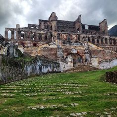 Beautiful ruins of Sans Souci Palace tucked into the hills of northern Haiti. Built by Henri Christophe after crowning himself King of Haiti in 1811, the grandeur of Sans Souci only lasted a short time when the great earthquake of 1842 toppled it and left it in the state we see it today. Eerie & dramatic. - @uncornered_market #unesco #gadvhaiti