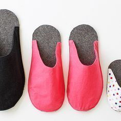 Baby Knitting Patterns Tutorial free sewing pattern (without instructions) Slippers for all Baby Knitting Patterns, Free Sewing, Knitting Patterns Free, Crafts For Girls, Diy For Kids, Shoe Pattern, Pattern Sewing, Baby Couture, How To Make Shoes