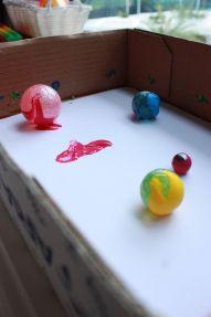 Rolling balls to make art