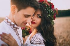 Фотографую закохані пари, веселих і стильних людей, смішних дітей, та щасливі сім'ї.