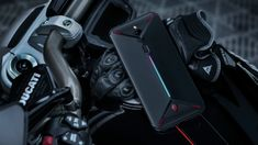 Gaming phone was being offered external cooling fans by Asus and Black Shark but now you can have a gaming phone with inbuilt cooling fan and records video. Nubia is introducing a gaming smartphone called Red Magic 3 Smartwatch, Best Gaming Headset, Memoria Ram, Samsung, Stereo Speakers, Dual Sim, Sony, Car Seats, Night Photography