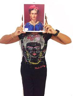 Frida Kahlo T shirt Viva la Vida Pies Frida Quotes Top portrait Art Painted