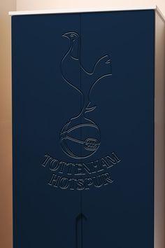 Tottenham Hotspur wardrobe