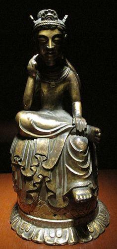 飛鳥時代的寶冠半跏思惟彌勒菩薩像,現藏於日本東京國立博物館