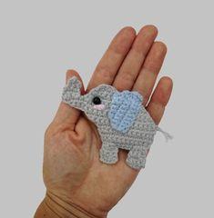 Elephant Applique Crochet Crochet pattern by Mindundia Mindundia Crochet Puff Flower, Crochet Flower Patterns, Applique Patterns, Crochet Blanket Patterns, Crochet Motif, Diy Crochet, Crochet Crafts, Crochet Flowers, Crochet Projects