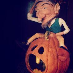 Elena Raffaelli #halloween #oct #october #30 #scary #spooky #boo #scared #costume #ghost #pumpkin #pumpkins #pumpkinpatch #carving #candy #orange #jackolantern #creepy #fall #trickortreat #trick #treat #instagood #party #holiday #celebrate #bestoftheday #hauntedhouse #haunted #igersmassacarrara