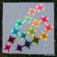 Quilts of a Feather: Ombre Stars (mini quilt swap) Star Quilts, Mini Quilts, Quilting Tutorials, Quilting Designs, Free Motion Quilting, Quilt Making, Quilt Patterns, Graffiti, Negative Space