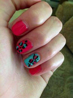 Leopard print nail design!